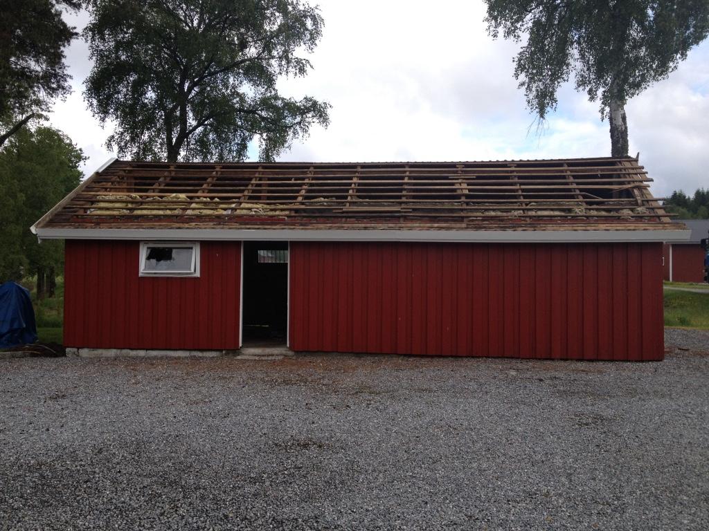 Riving av bygg, Rive hus eller uthus, Garasje, Graving, Planering, Bygge grunnmur, nytt bygg
